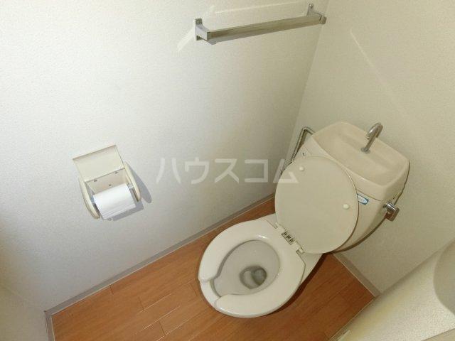 ラ プランタンB 202号室のトイレ