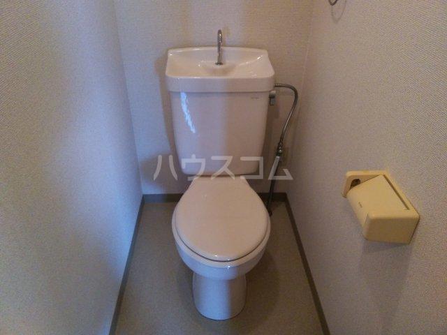 ア・ドリーム鷺山 302号室のトイレ