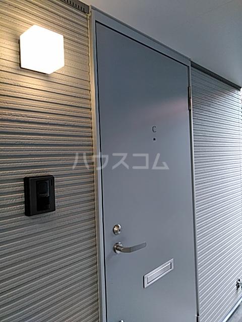 DOORS沼津錦町 Cの玄関