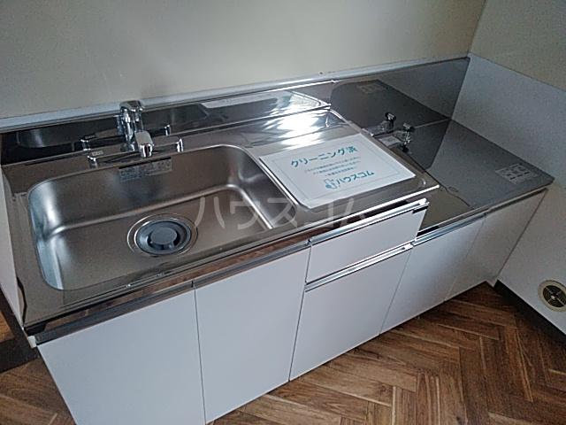 メゾンドール 201号室のキッチン