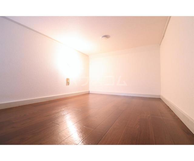 神田ハイツ 201号室のベッドルーム