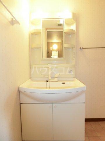 Marcher 2B号室の洗面所