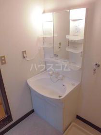 かぢやビル 201号室の洗面所