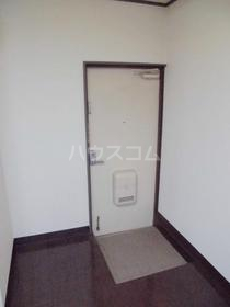 かぢやビル 201号室の玄関