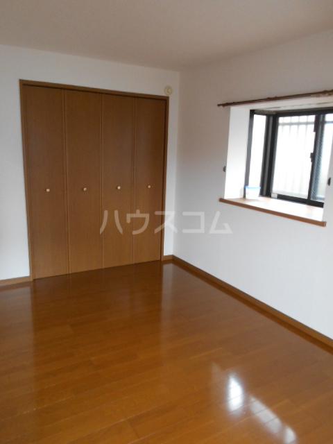 グランデール秀峰Ⅱ 101号室の居室