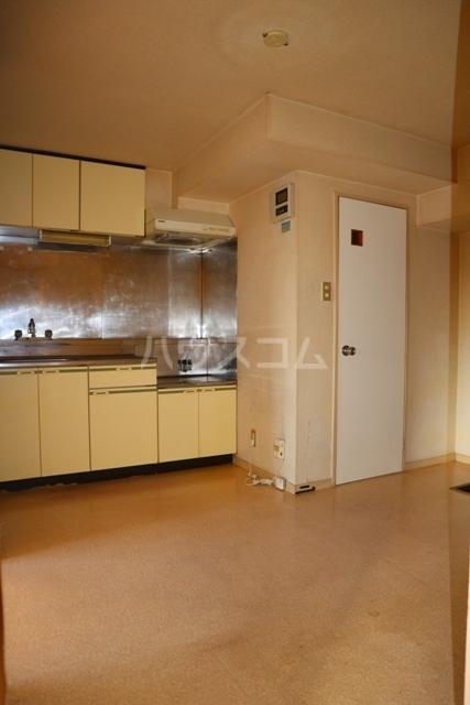 レジデンス清水 301号室のキッチン
