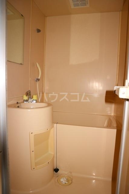 レジデンス清水 301号室の風呂