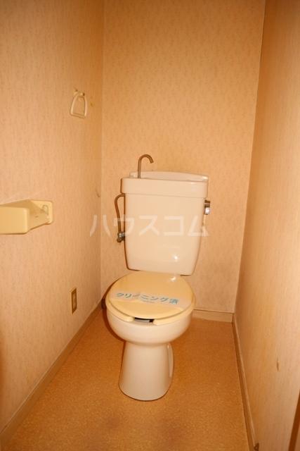 レジデンス清水 301号室のトイレ