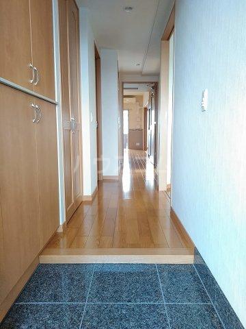 東川口ガーデンヒルズ七番館 603号室の玄関