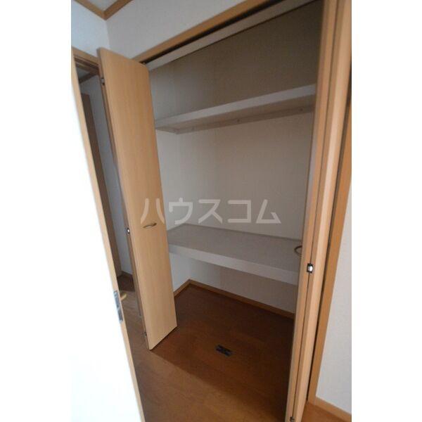 カーサ・グローリアA A102号室の収納