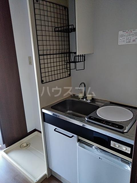 シャルム中村 103号室のキッチン