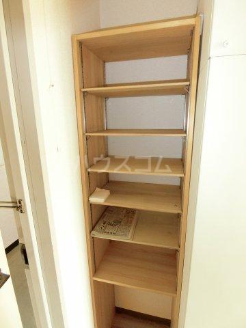 松倉ビル 3-A号室のロビー