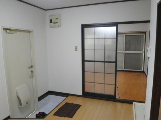 エステート阿倉川 A棟 202号室の収納