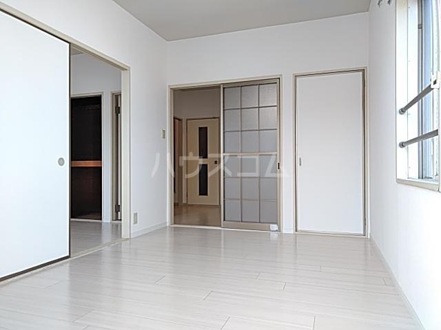 堀の内コーポ B 201号室のバルコニー