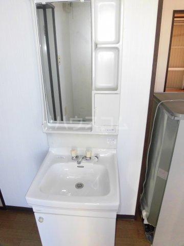 フォーブル光 A201号室の洗面所