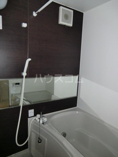 ガノス A205号室の風呂