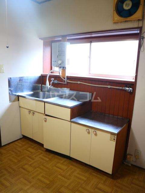 さつき荘 5号室のキッチン