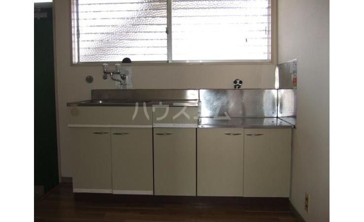 ひがしはらハイツ 101号室のキッチン