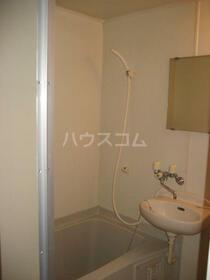ベルメゾン東大宮 402号室の風呂