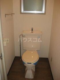 ベルメゾン東大宮 402号室のトイレ