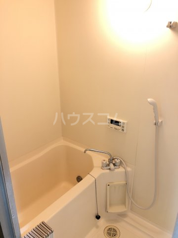 リバティアージュ 205号室の風呂