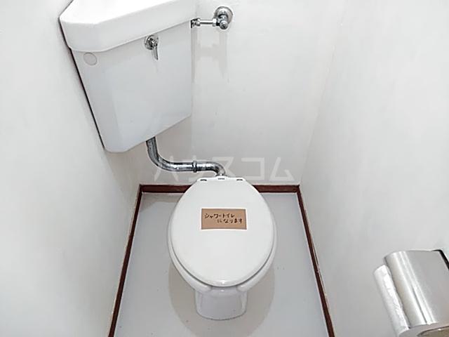 コーポヨコタ 0102号室のトイレ