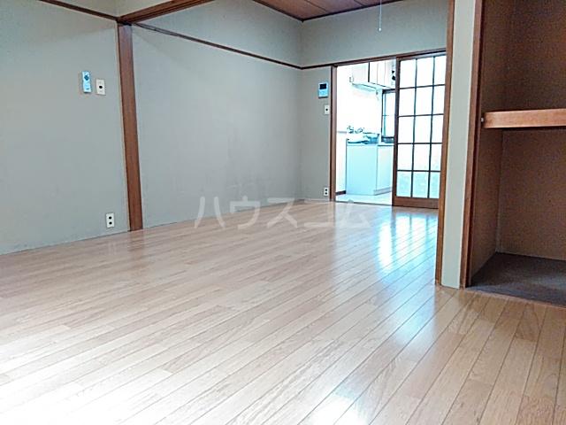 コーポヨコタ 0102号室のベッドルーム