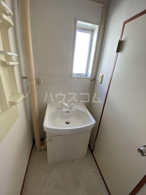KSマンション 402号室の洗面所