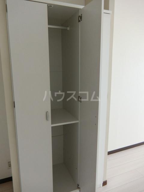 ニュースパークル 3R号室の収納