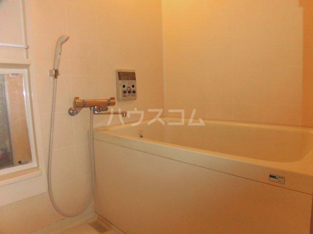 ナビハイツ朝日町 605号室の風呂