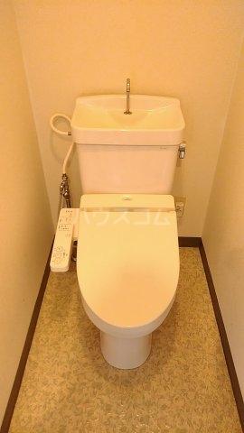 メゾンド・パーシモン 401号室のトイレ