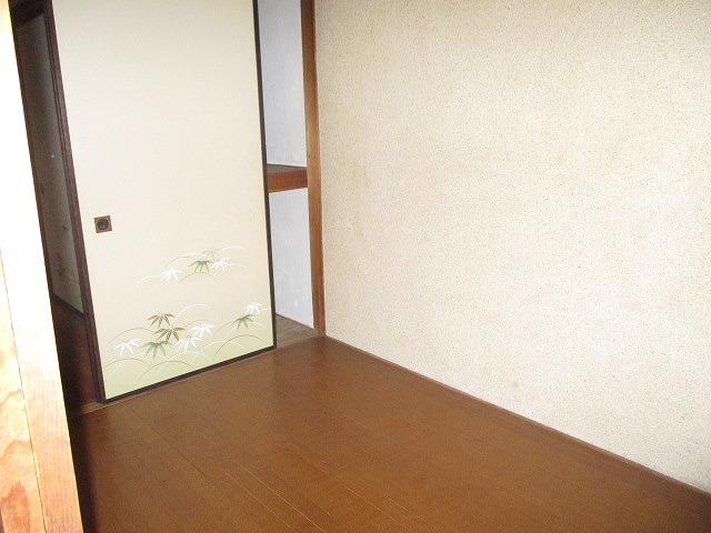 葵荘 203号室のリビング
