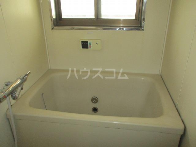 高砂コーポ 2C号室の風呂