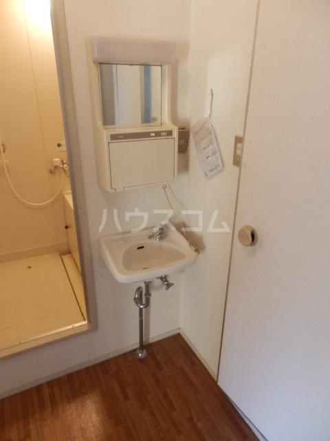 サンハイツ寿 101号室の洗面所