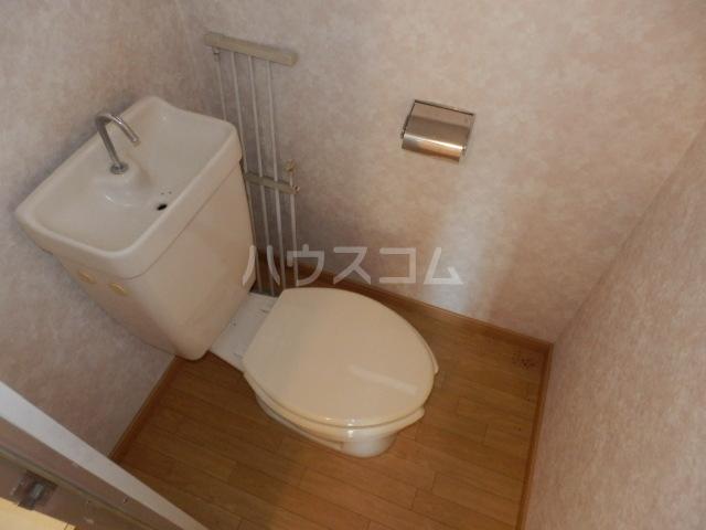 サンハイツ寿 101号室のトイレ