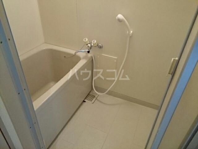 アルカディア 01030号室の風呂