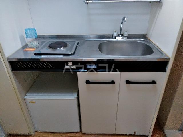 レオパレス植田第3 102号室のキッチン