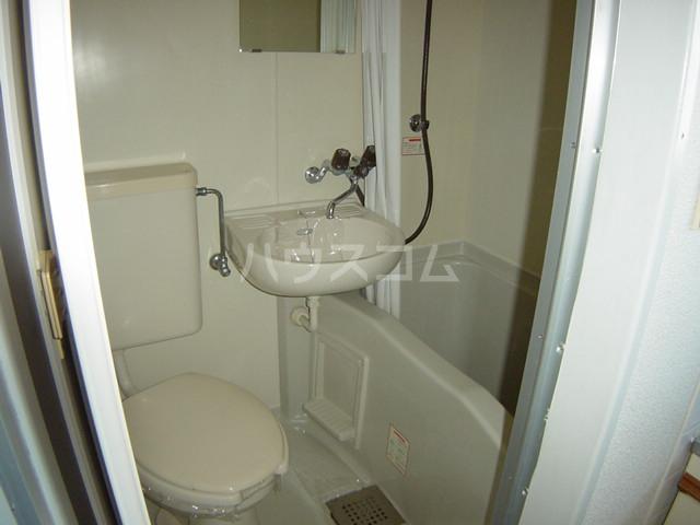 コーポパーシモン 201号室の洗面所