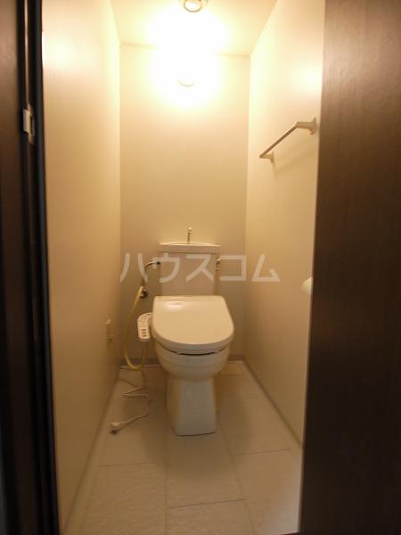 プランドール 101号室のトイレ