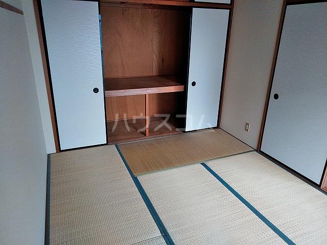 アイカピア植田 105号室の居室