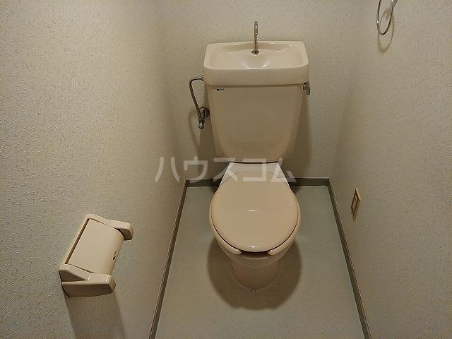 アイカピア植田 105号室のトイレ