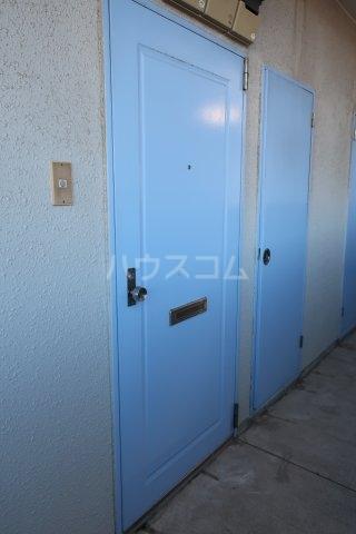 ドール薬師通 406号室の玄関