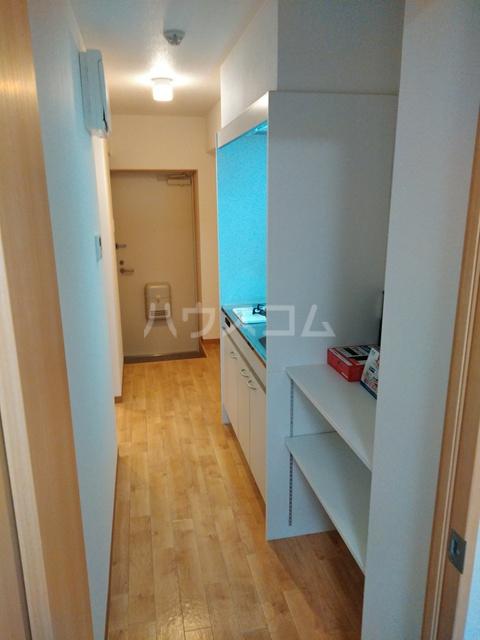 A-city港十一屋 402号室のキッチン