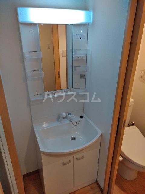 A-city港十一屋 402号室の洗面所