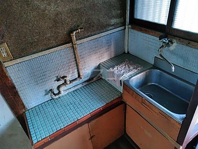 ひかり荘 203号室のキッチン