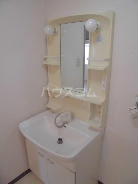 リヴェールチエ 505号室の洗面所