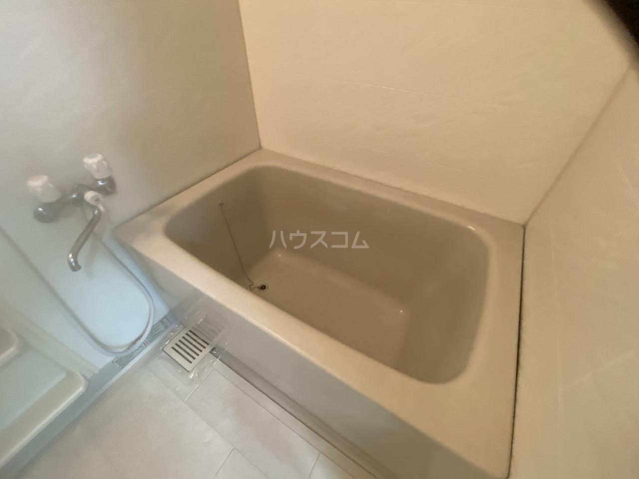 メモリータイム 103号室の玄関