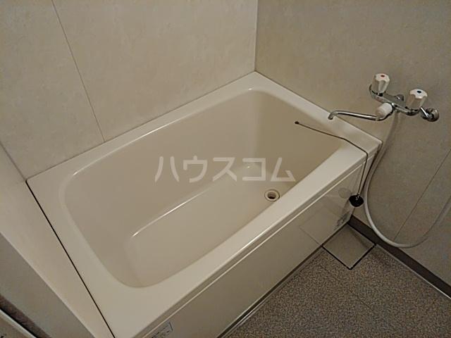 八事ハイツ 3F号室の風呂