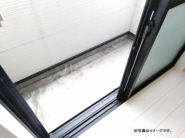 mint 101号室のバルコニー
