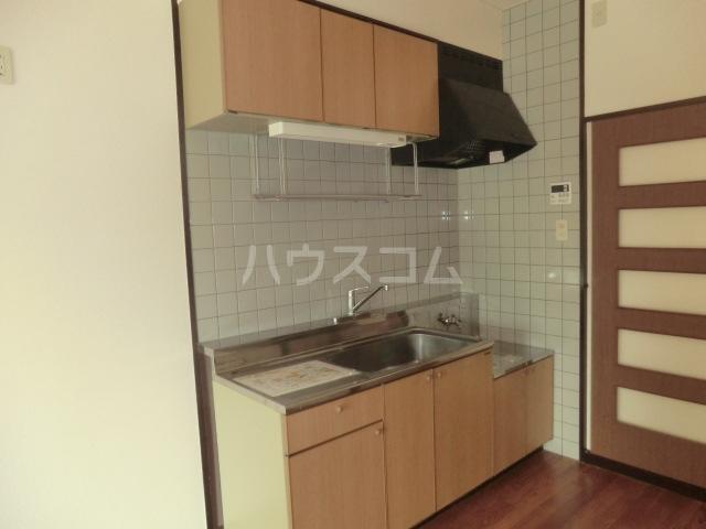 光ハイツ 406号室のキッチン